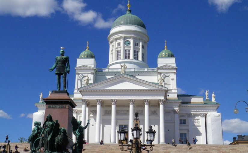Хельсинки. Кафедральный собор на Сенатской площади.