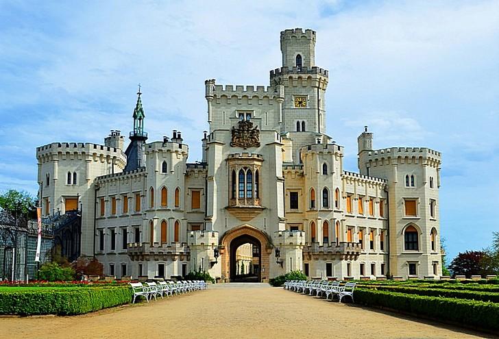 Чехия. Замок Глубока над Влтавой